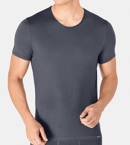 Koszulka jest męska